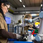 産業用ロボットのトレンドは「Collaborate Robot(協働・協調ロボット)」