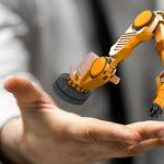 製造業の労働力不足が深刻化 解決に向けてロボット活用を促進へ