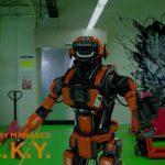 未来のフィギュア工場に、ロボット工場長が就任