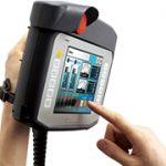 デジタル、人と機械が共に活躍する工場で安全管理の強化に貢献する表示器を発売