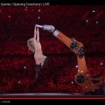 色んな意味で感激 リオ・パラリンピック開会式でロボットとダンス
