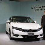 トヨタから1年遅れ、それでもホンダは燃料電池車を普通のセダンにしたかった (齊藤由希,[MONOist])