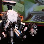 資生堂が化粧品業界で世界初、人型ロボットを試験導入。その背景とは