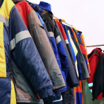 【高校生ものづくり川柳】作品と 共に色づく 作業服