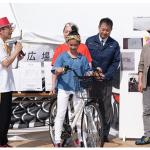 東大阪の小学生考案「行きますよランプ」、製造業の技術持ち寄り試作品完成
