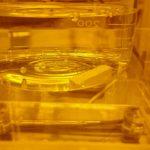 脱泡とセラミックスの密度の測り方
