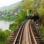 バンコクからヴィエンチャンへの貨物輸送方法は|ラオス縫製工場の日常
