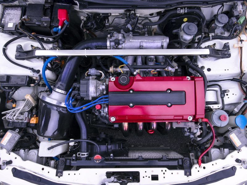 Tuned Honda B18 engine in Integra type R