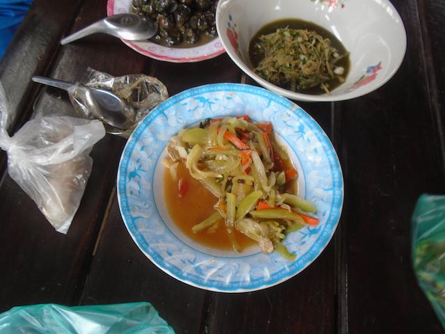 海外縫製工場のお昼ご飯を紹介します!!_12