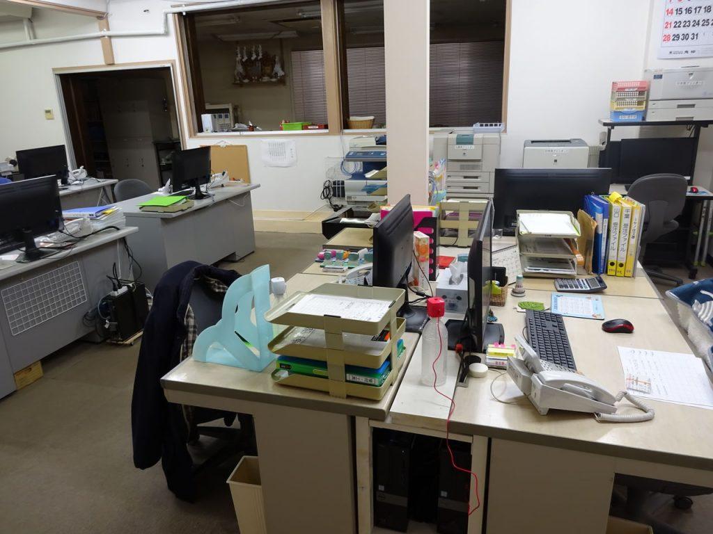 事務所のレイアウト変更_04