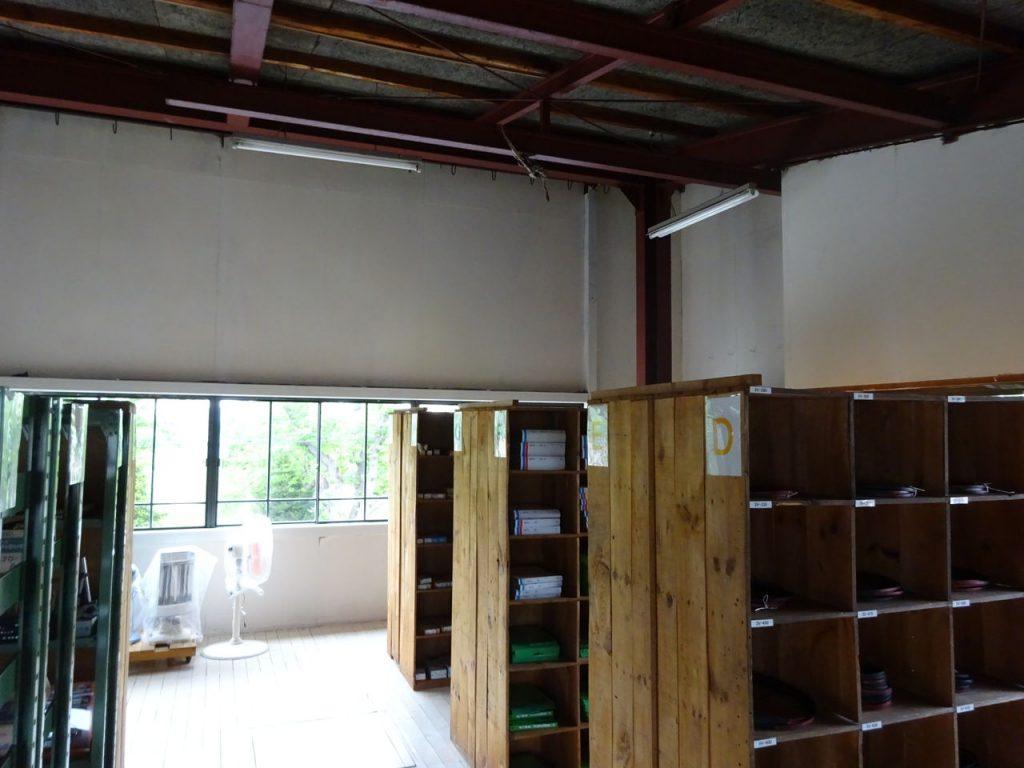 二階倉庫の壁塗装_05