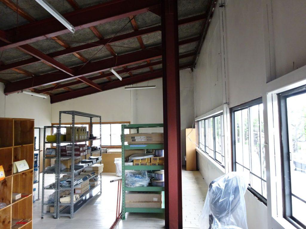 二階倉庫の壁塗装_06