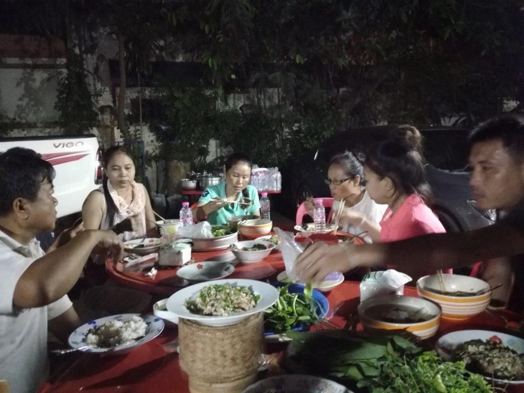 工場長の家でお食事会がありました。_07
