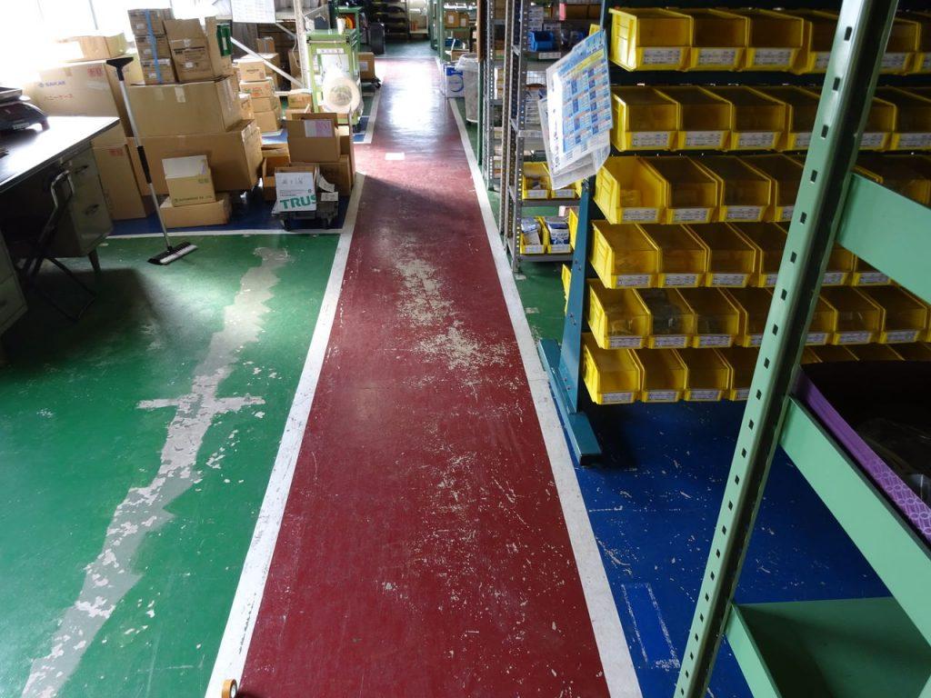 倉庫の床塗装_02