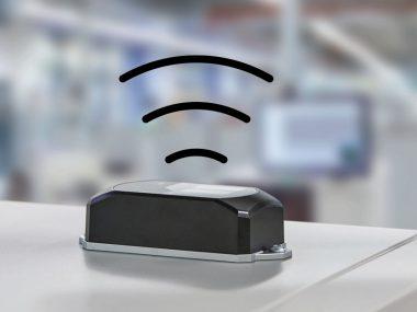 フエニックスコンタクト無線LANアダプタ