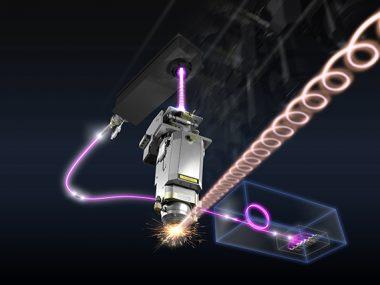 LBCテクノロジーのレーザ光の発振イメージ