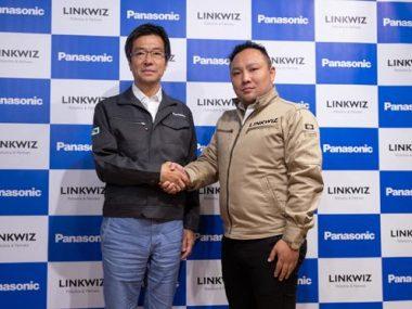 パナソニックコネクティッドソリューションズ樋口泰行社長(左)とリンクウィズ吹野豪代表取締役