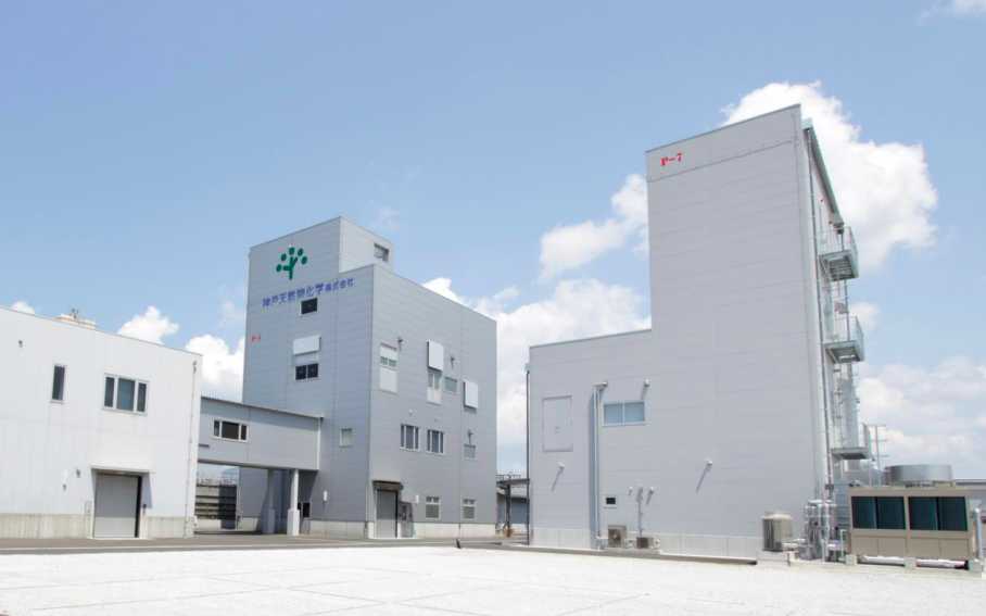 工場情報_神戸天然物化学_新医薬原薬精製棟(右側建屋)